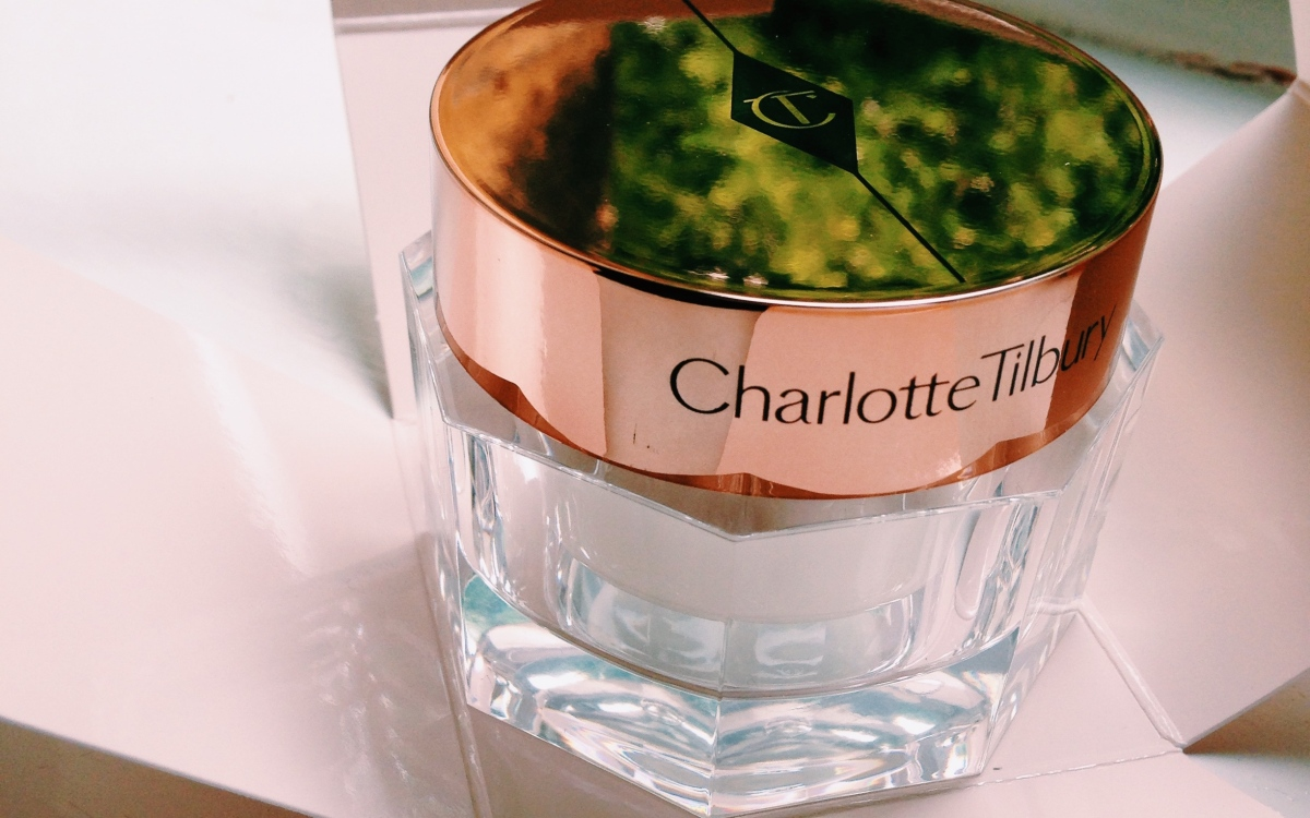 Review: Charlotte Tilbury Magic Cream