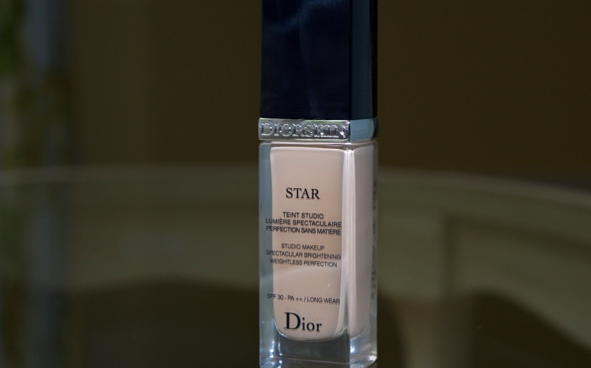 Dior Star Foundation 010